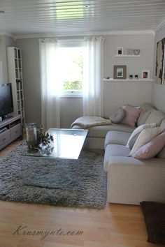 Esittelyssä Sohva Ikea Kivik  Something Small …  Pinteres… Awesome Ikea Small Living Room Design Ideas Design Inspiration