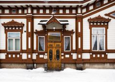 Finland - Vanha Rauma - A wooden house: Museum Marela Contemporary Design, Scandinavian, Places To Visit, Wooden Houses, Museum, Explore, Mansions, Country, House Styles
