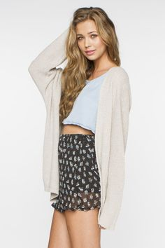 80136b7262 lately im loving high waisted skirts with crop tops and over sized sweaters  Brandy Melville