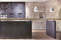 Stylish, chic with a utilitarian charm the relaxed 'bistro' inspired kitchen. Bring the vibrant cafe culture to your own home with d elicate...