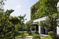 Private Villa Renovation with Vertical Garden | http://www.designrulz.com/design/2014/12/private-villa-renovation-vertical-garden/