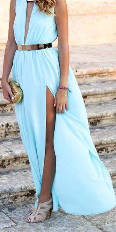 Beautiful color for a beach wedding