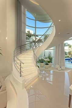Need inspiration? See this beautiful luxury homes and dream big! Need inspiration? See this beautiful luxury homes and dream big! Home Room Design, Dream Home Design, Modern House Design, Home Interior Design, Interior Paint, Luxury Homes Dream Houses, Dream House Interior, Modern Mansion Interior, House Stairs