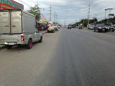 Road on the outskirts of Bangkok