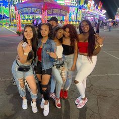 if u can find their @ drop it in the comments . Best Friend Dates, Best Friend Photos, Best Friend Goals, Friend Pics, Matching Outfits Best Friend, Best Friend Outfits, Sisters Goals, Bff Goals, Squad Goals
