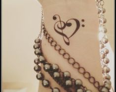 Music tattoo fake tattoo temporary tattoo music notes - Make Up'n'Nails - Populer Tattoo Pin Share Music Tattoos, Body Art Tattoos, Sleeve Tattoos, Wrist Tattoos, Tatoos, Note Tattoo, I Tattoo, Tattoo Quotes, Tattoos For Women Small