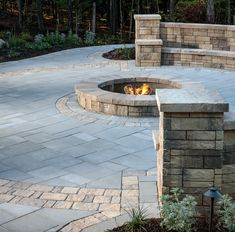 A fire pit instantly becomes the spot where everyone wants to gather. Patio Ideas, Yard Ideas, Outdoor Ideas, Outdoor Decor, Sunken Fire Pits, Fire Pit Designs, House Yard, Wall Seating, Home Porch