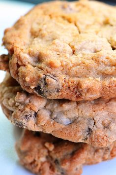 Chocolate Chip Peanut Butter Oatmeal Cookies provide the perfect combination of chocolate chips, peanut butter, and oats in a cookie!