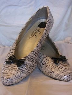 Great idea for badly injured faux-leather shoes - decoupage