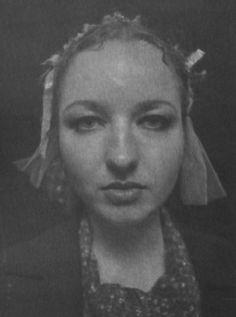 Marian Dederko, Modelka, fotografia czarno-biała, brom, papier, 25 x 20 cm