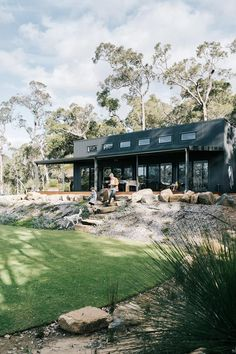 Australia House, Australia Country, Western Australia, Queensland Australia, Modern Shed, Modern Country, Dream Home Design, House Design, Country Style Magazine