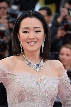 Gong Li photo gallery
