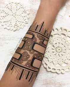 21294647_1941214779474554_684921643033690112_n.jpg (1080×1350) Mehndi Tattoo, Henna Tattoo Designs, Mehndi Art, Mehandi Designs, Henna Art, Henna Tattoo For Men, Mehendi, Eid Henna, Henna Mandala