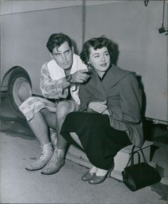 """Newlyweds Jeffrey Hunter and his wife Barbara Rush on the set of The Frogmen, 1951 """"To me, Jeff is the acme of young American manhood. Why, he looks like he just stepped off a college campus. He's extremely handsome… And he's a walking advertisement. Golden Age Of Hollywood, Vintage Hollywood, Hollywood Stars, Classic Hollywood, Vintage Movies, Vintage Men, Beautiful Boys, Gorgeous Men, Barbara Rush"""