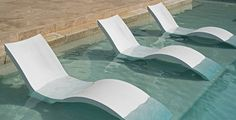 BOXHILL's Tanning Ledge Deep Pool Lounger is specifically designed for your pool's tanning ledge! Combine it with one of our Tanning Ledge Pool Media Shades or a Tanning Ledge Pool Side Table for hours of carefree relaxation. Stop by today at www.shopboxhill.com