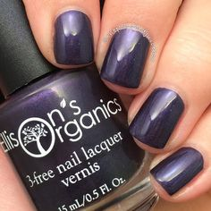 I found the pefect base nail polish for nail art!  Lots of Planets Have a North is part of Doctor Who Collection by Ellison's Organics. It's also #vegan. Awesome.