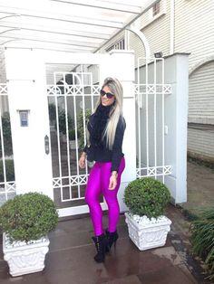 https://www.facebook.com/AtletaRobertaZuniga/photos/pb.178677265606489.-2207520000.1421961488./430239073783639/?type=3