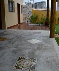 CIMENTO QUEIMADO LENHA - Pesquisa Google Living Room Flooring, Living Room Decor, House Construction Plan, Garden Floor, Floor Design, Concrete Floors, Tile Patterns, Outdoor Rooms, Interior Design Kitchen