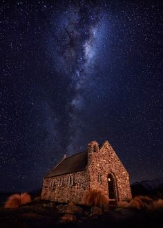 How to Shoot the Night Sky – Paul's Guide to Astro & Star Photography While Shepherds Watched Night Sky Star Astro Photography Guide Paul Reiffer Professional Photographer Church Of Good Shepherd Lake Tekapo Milky Way How To New Zealand Queenstown crop Milky Way Photography, Star Photography, Photography Gallery, Night Photography, Creative Photography, Amazing Photography, Landscape Photography, Astronomy Photography, Photography Basics