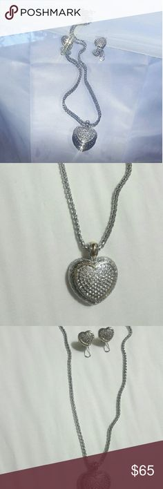 ⭐️⌛️24HR SALE⌛️⭐️Designer Look  Crystal Heart Crystal heart necklace set looks like a very  high end designer. Details: fashion jewelry not silver or gold. Gold and Silver tone pendant heart necklace and earring set with clear crystals. Very lux look. A must have!!! Jewelry