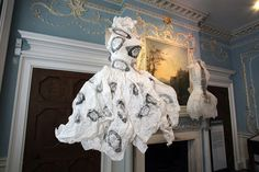 The beautiful paper dresses of Violese Lunn at The First Cut exhibition Google Image Result for http://www.allartnews.com/wp-content/uploads/2012/12/Vintage-Currency-2000.jpg