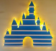 Classic Disney Castle Logo Display Shelf, would be awesome as a disney movie shelf Amiibo Display, Funko Pop Display, Display Shelves, Casa Disney, Disney Diy, Disney Crafts, Disney House, Disney Castle Logo, Disney Bedrooms