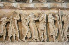 Photo of Vézelay Abbey (Basilique Ste-Madeleine): Central Portal Lintel: Offerings