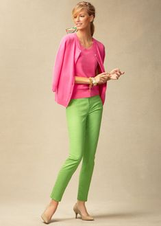 Talbots Spring 2013 - Outfits Part 1 Look Book Outfits Damen, Komplette Outfits, Spring Fashion Outfits, Lime Green Pants, Green Pants Outfit, Green Fashion, 50 Fashion, Diana Fashion, Outfits Pantalon Verde