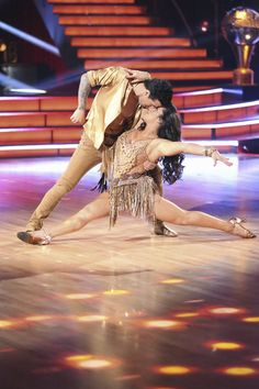 Dancing with the Stars Season 16 Week 10 Mark Ballas and Aly R