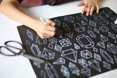 DIY: hand drawn diamond wrapping paper