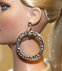 "3/4"" Hammered Silver Earrings for Tonner Tyler Dee Anna AM Gene Sybarite Dolls"
