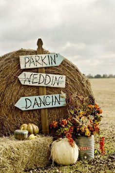 Fall Barn Wedding Decoration
