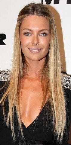 Jennifer Hawkins Long Braided Hairstyle - Jennifer Hawkins Hair - StyleBistro #Christmas #thanksgiving #Holiday #quote