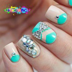 Polishers Inc. - Bling 'em Up! Bling, Bling Nails not the ring finger Great Nails, Cute Nail Art, Fabulous Nails, Gorgeous Nails, Nice Nails, Bling Bling, Bling Nails, Sparkly Nails, Hot Nails