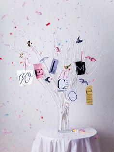 This is a fun, unique, conversation starting decor piece. Wedding Wreaths, Tree Wedding, Diy Wedding, Wedding Reception, Wedding Decorations, Wedding Ideas, Space Wedding, Wedding Paper, Wedding Cards