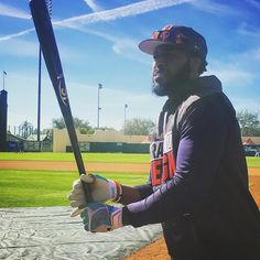 Brandon Phillips is in the house! Welcome to #BravesST, @datdudebp!