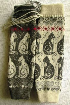 with cats Stylish, warm knit leggings. Warm, beautiful, stylish. You can knit any size and color palette. I am pleased to answer all your questions. Thank you for visiting my store. Galina Take a look at my second store https://www.etsy.com/shop/PonchoShawlScarves?ref=l2-shopheader-name
