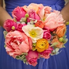 A classic southern wedding with cornflower blue, pinks, oranges, and yellow. Gorgeous!