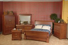This traditional sleigh bed has a beautiful look when paired with its New Albany collection counter parts. A variety of hardwoods, stains and finishes are available to help you create your bedroom design.  http://www.homesteadfurnitureonline.com/beds_new-albany-sleigh-bed.html