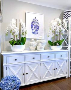 With a classic Chinoiserie Ginger Jar design our newest framed print will bring the Hamptons into your home! 💙 Shop in-store or online… Decor, Furniture, Interior, Hamptons Style Living Room, White Decor, Entryway Decor, Luxe Furniture, House Interior, Furnishings