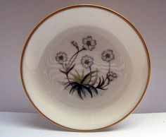 Vintage Royal Worcester Pin Dish with White Daisies Made by mish73, $6.95