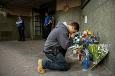Suspect in Fatal Shooting of New York Officer Was on the Run for Weeks, Officials Say - The New York Times