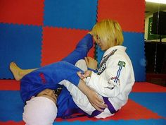 ブラジリアン柔術ニュースブログ ブラジルブログ:吉田正子テクニック:スイープからの腕十字 - livedoor Blog(ブログ)