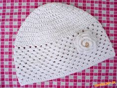 Na zhotovenie čiapočky je vhodná tenšia bavlnená priadza. ( Ja som použila Sněhurku - dvojmo ) Najpr... Baby Tulle Dress, Girl With Hat, Baby Sweaters, Girls Hats, Crochet Hats, Simple, Fashion, Beret, Baby Coming Home Outfit