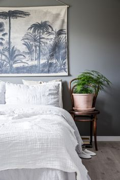 Photo by Veronika Moen. Styling by Balthazar Interior Oslo. This scandinavian-style apartment is located in Oslo Norway. Nordic Living, Nordic Home, Nordic Style, Scandinavian Style, Interior Photo, Interior Styling, Interior Decorating, Awesome Bedrooms, Bedroom Styles