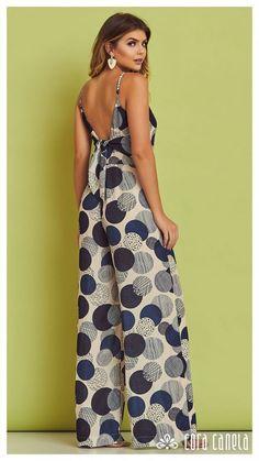 LOOKBOOK 3 – Cora Canela Simple Outfits, Cute Outfits, Dress Outfits, Fashion Dresses, Look Fashion, Womens Fashion, Pantalon Large, Mode Hijab, Jumpsuits For Women