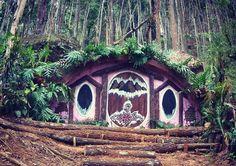Alamat dan Harga Tiket Masuk Rumah Hobbit Jogja, Destinasi Wisata Baru di Bantul Rasa New Zealand - http://www.dakatour.com/alamat-dan-harga-tiket-masuk-rumah-hobbit-jogja-destinasi-wisata-baru-di-bantul-rasa-new-zealand.html