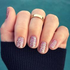 Rose Gold Nails, Rose Gold Glitter, Diamond Glitter, Stylish Nails, Trendy Nails, Sophisticated Nails, Confetti Nails, Gold Confetti, Gel Nail Art