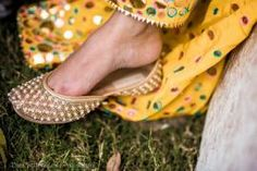 Wedding Shoes - Avneesh & Avni wedding story | WedMeGood #wedmegood #shoes #juttis