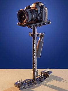 G5 10D 20D D30 G3 Pro90 Digital Cameras G2 D60 40D Digital Rebel 30D 5D G1 Pro1 20Da Deluxe 57 Camera Tripod with Carrying Case For The Canon EOS 50D G6